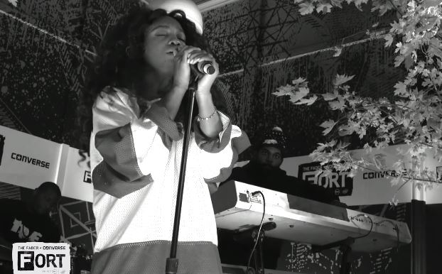 SZAfaderfort SZA Debuts New Single Child's Play In NYC At Converses FADER Fort (Video)