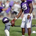 Minnesota Vikings RB Adrian Peterson's Son Dies After Being Assaulted