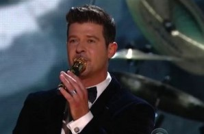 Robin Thicke & Chicago – Blurred Lines (Live At The GRAMMY's) (Video)