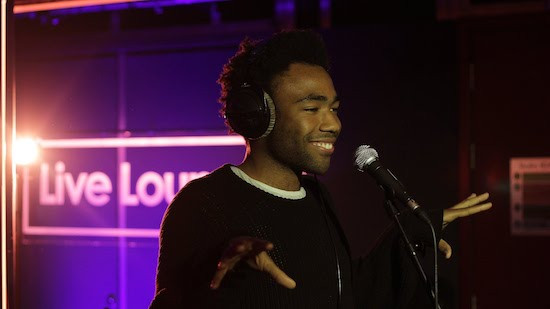 L32jb32 Childish Gambino – Id Die Without You (Live At BBC Radio 1 Live Lounge)(Video)