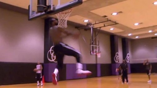 dm 140210 nba lebron mobile 500x281 Lebron Performs Personal Slam Dunk Contest During Miami Heat Practice (Video)