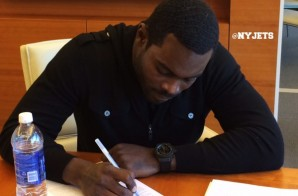 Michael Vick signs a One Year Deal with the New York Jets