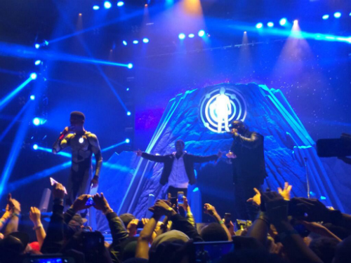 Kid Cudi Performs New Track In Brooklyn Kid Cudi Previews Unreleased Track At The Barclays Center (Video)