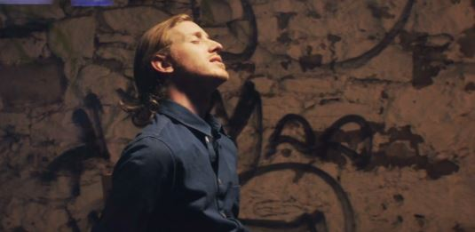 newasherrothvideo Asher Roth   The World Is Not Enough (Video)