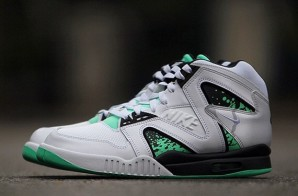 Nike Air Tech Challenge Hybrid (White, Grey & Green Glow) (Photo)