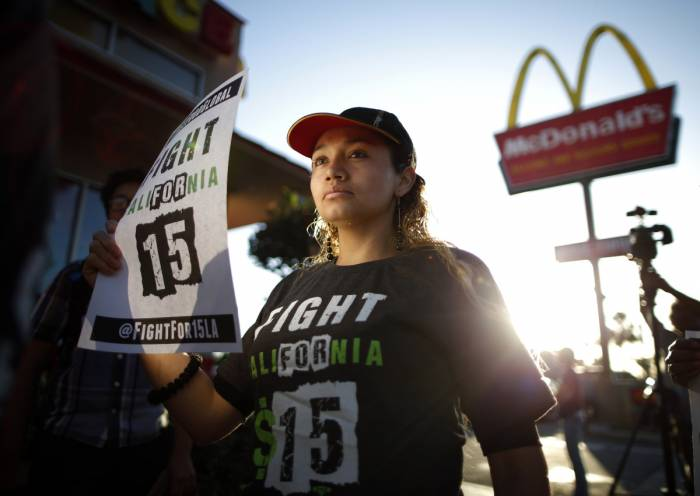 fast food strike Fast Food Worker Confessions #YIKES
