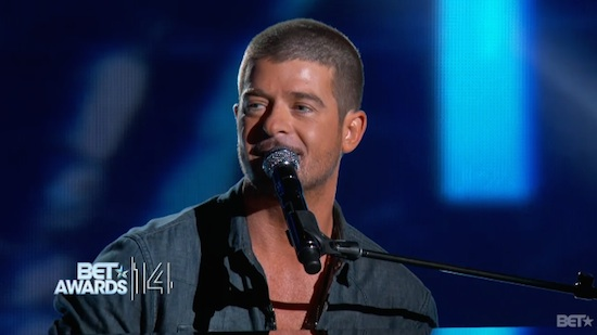 robin-thicke-forever-love-live-at-2014-bet-awards-video-HHS1987