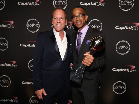 stuart-scott-receives-the-jimmy-v-award-at-the-2014-espys-video-HHS1987