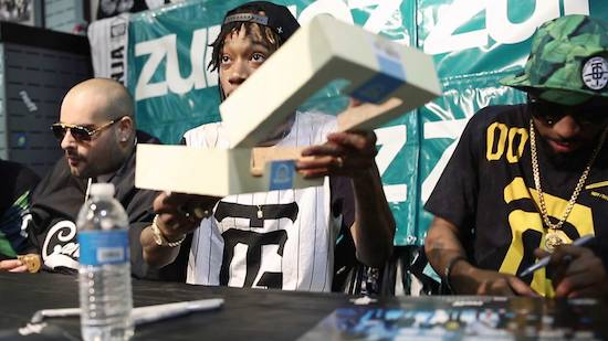 wiz khalifa daytoday zumiez in store video HHS1987 2014 Wiz Khalifa   DayToday: Zumiez In Store (Video)