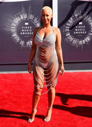 2014-mtv-vmas-red-carpet-7