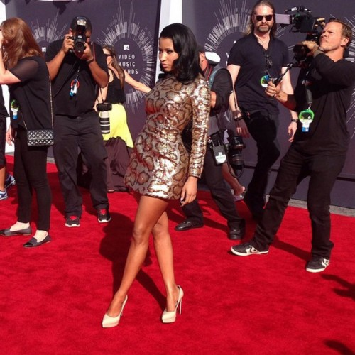2014-mtv-vmas-red-carpet-9