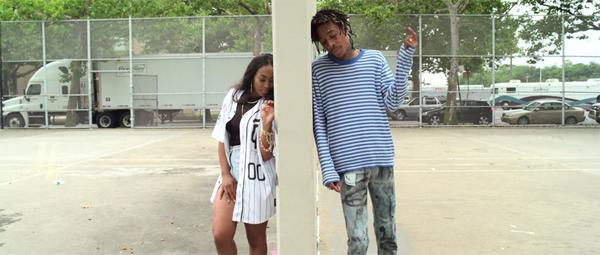 BuT7J1aIMAA4ZQq Wiz Khalifa   Promises (Video)