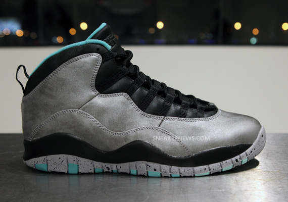 air-jordan-10-lady-liberty-photos.jpg