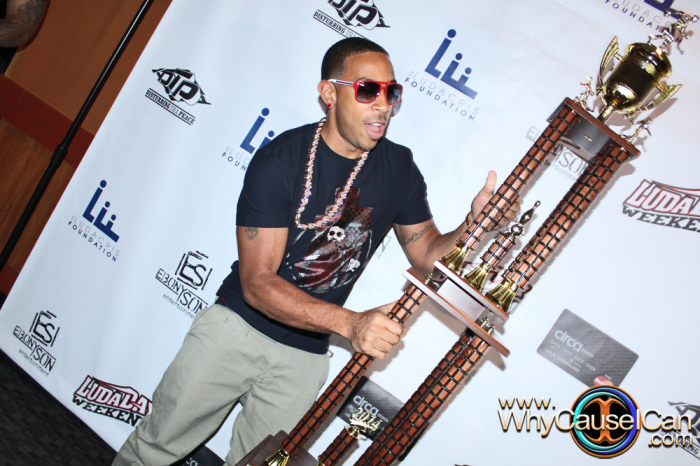 http://whycauseican.com/2014/08/29/event-pics-ludacris-kicks-off-ludaday-weekend-w-celebrity-bowling-tournament.jpg