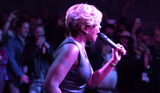 Mary J. Blige – Real Love / My Loving (Live At The Fader Fort) (Video)