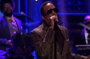 Charlie Wilson Performs 'Touched By An Angel' Live On The Tonight Show (Video)
