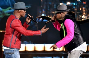 "Jamie Foxx & Chris Brown Performed ""You Changed Me"" At The 2015 iHeartRadio Music Awards (Video)"