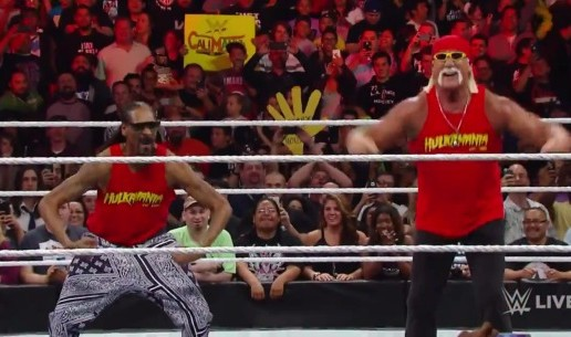 Snoop Dogg Brings Snoop Mania To WWE Monday Night Raw! (Video)