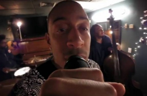 "Ludacris and The Roots Perform Acoustic Version of ""What's Your Fantasy"""