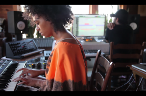 """Solange """"A Seat At The Table"""" Documentary (Video) + Tops Billboard Charts"""